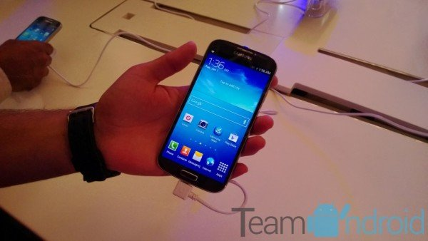 Samsung Galaxy S4 GT-I9500 - XXUBMG9 Android 4.2.2 Jelly Bean Firmware