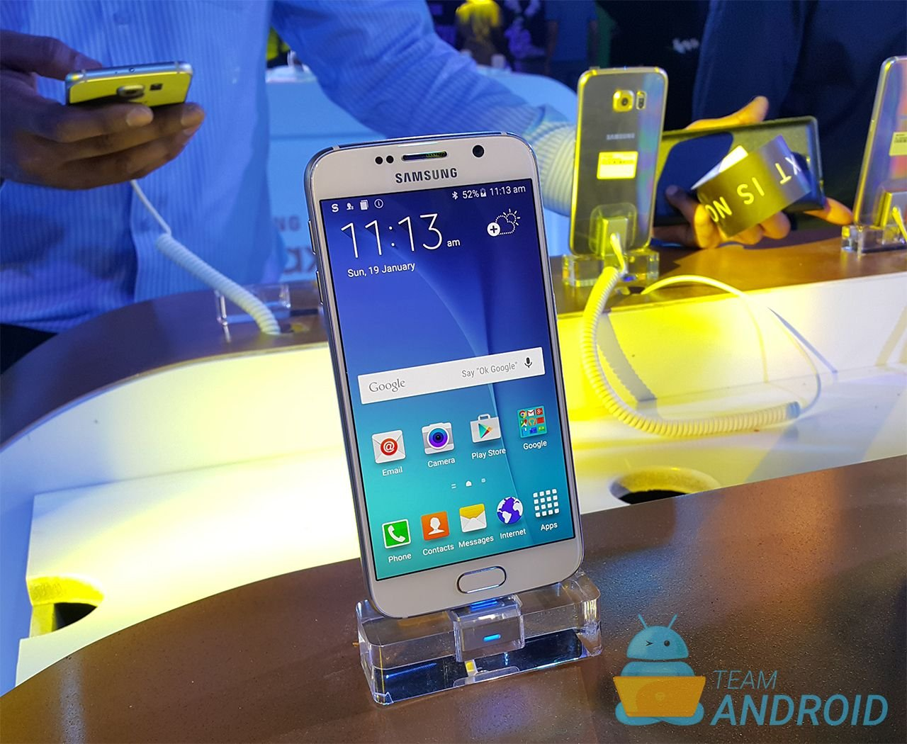 Samsung Galaxy S6 And S6 edge Marshmallow Is Now Available In Europe 1