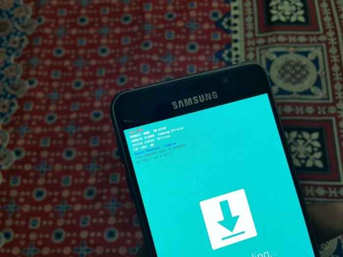 Galaxy-A3-2016-Download-Mode-1