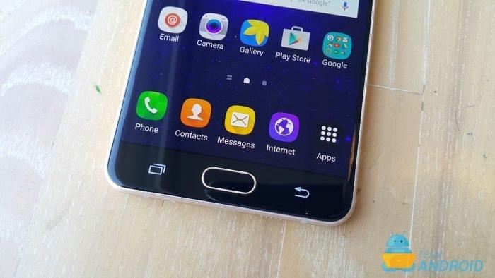 Samsung-Galaxy-A7-2016-24