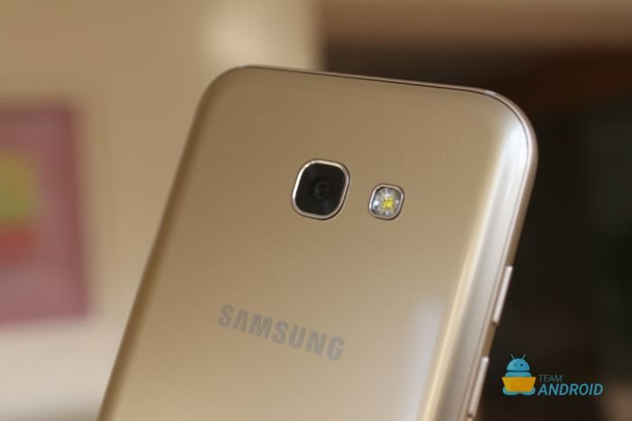 Samsung Galaxy A5 (2017) Review 8