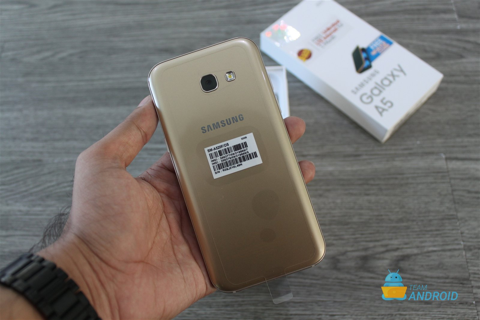 Samsung Galaxy A5 2017: Unboxing and First Impressions