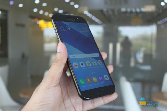Samsung Galaxy A7 (2017) Review 12