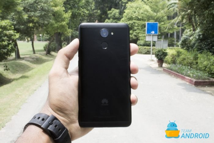 Huawei Y7 Prime Review 1
