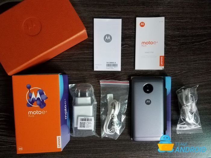 Moto E4 Plus: Unboxing and First Impressions 11