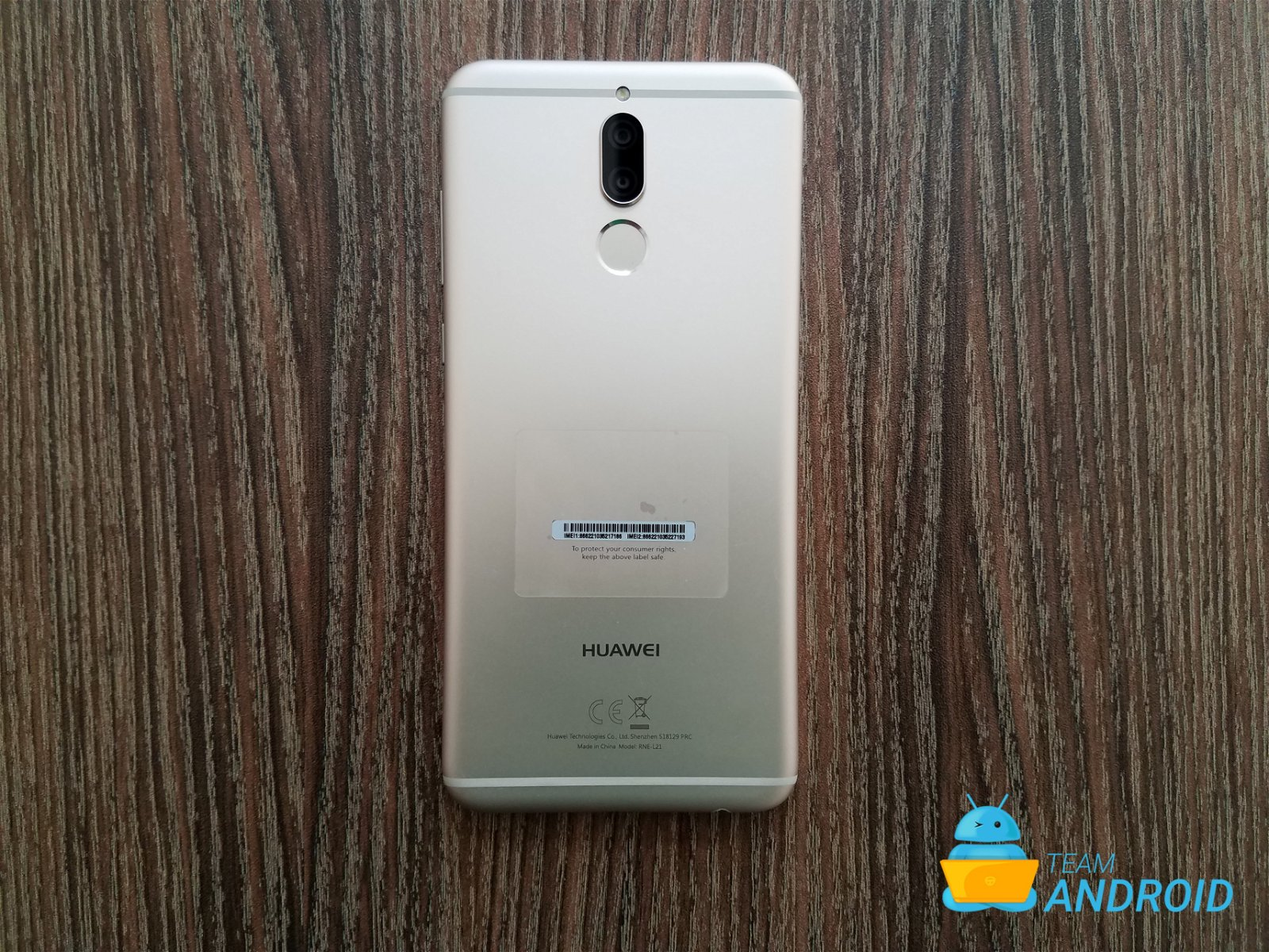 huawei mate 10 lite unboxing and first impressions pictures gallery. Black Bedroom Furniture Sets. Home Design Ideas