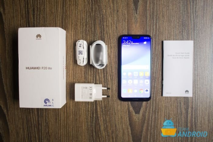 Huawei P20 Lite: Unboxing and First Impressions 11