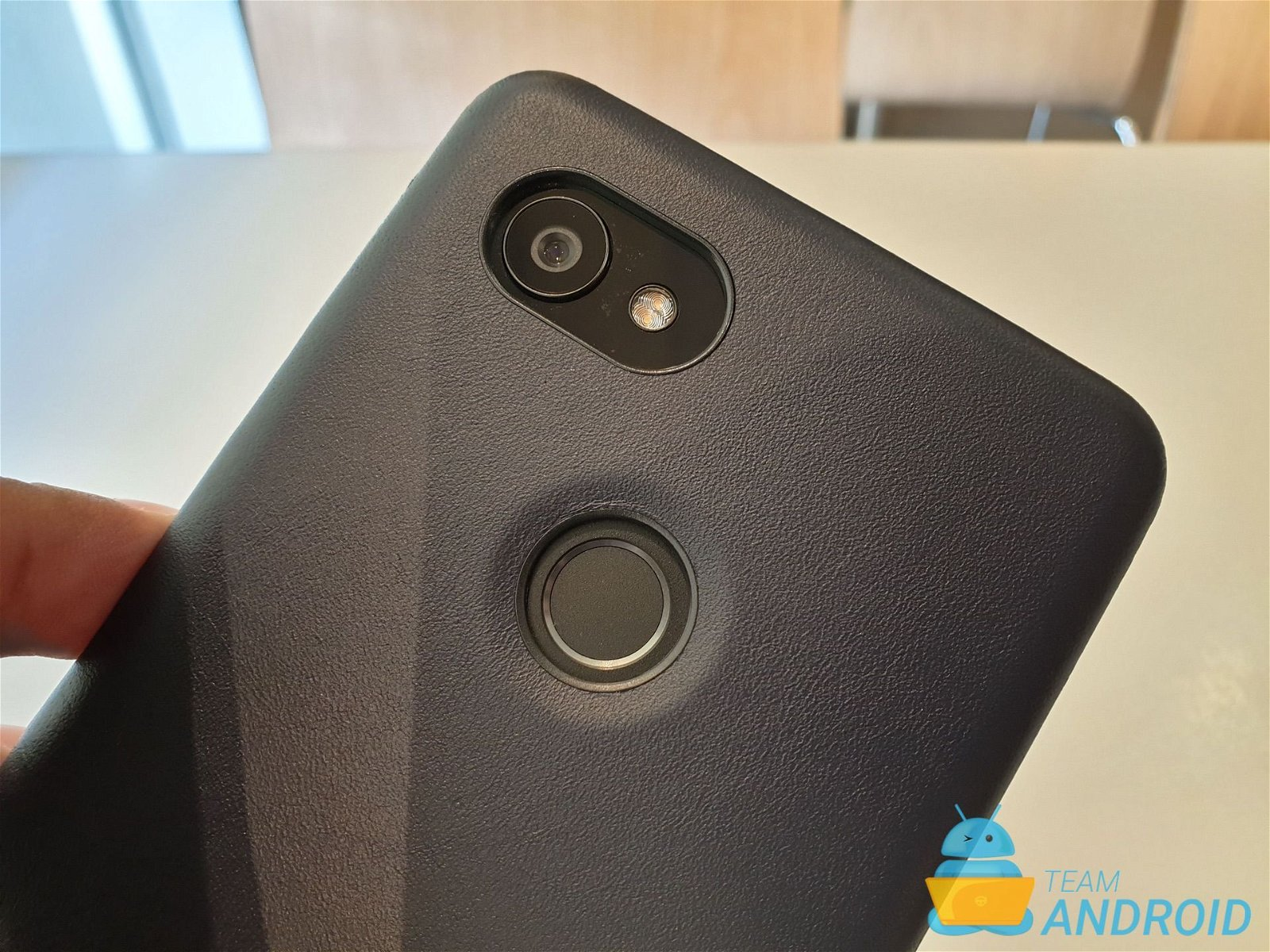 brand new 71f47 6308e Bellroy Leather Case Review for Google Pixel 2 XL