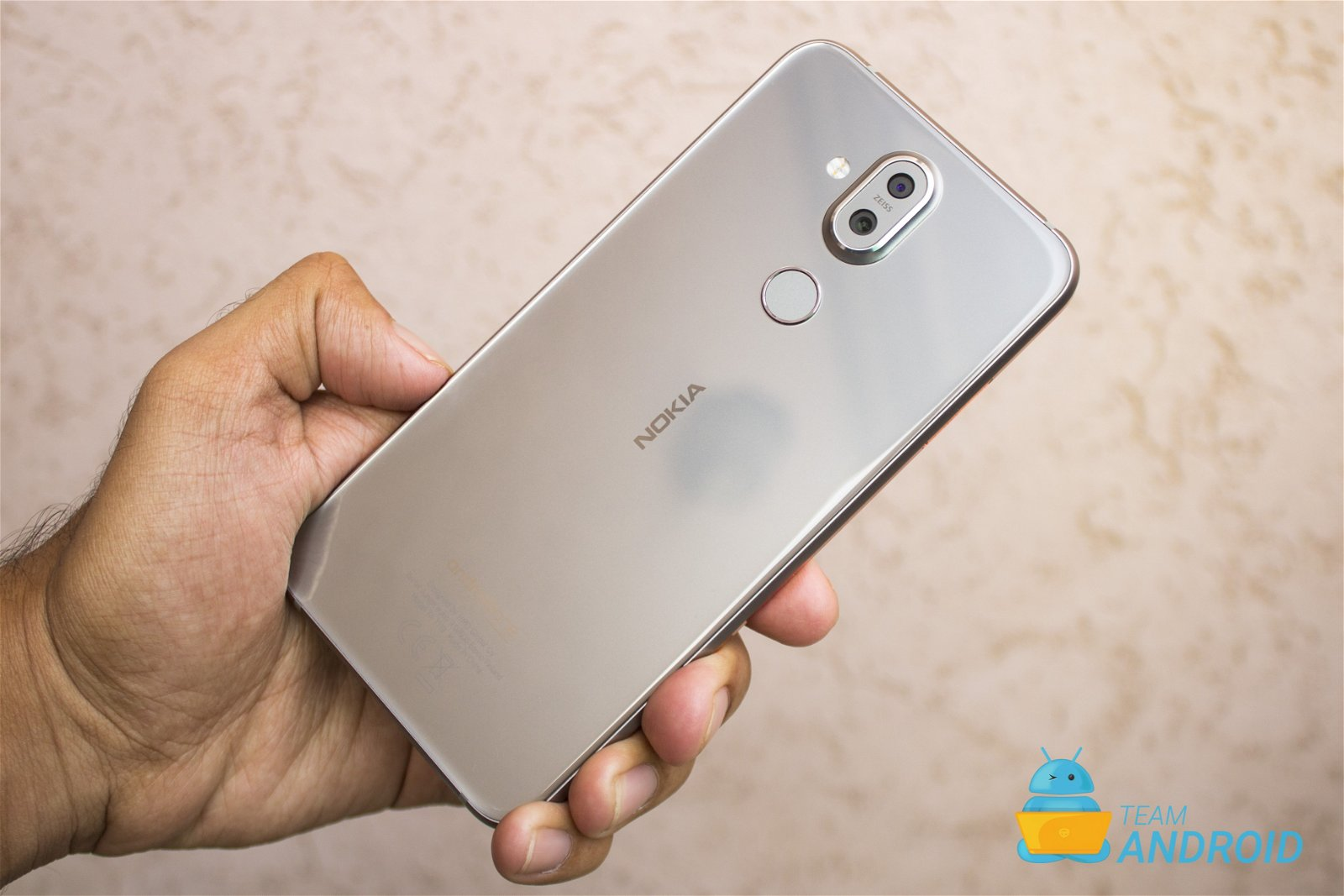 Nokia 8.1 Review - Premium Android One Phone 66