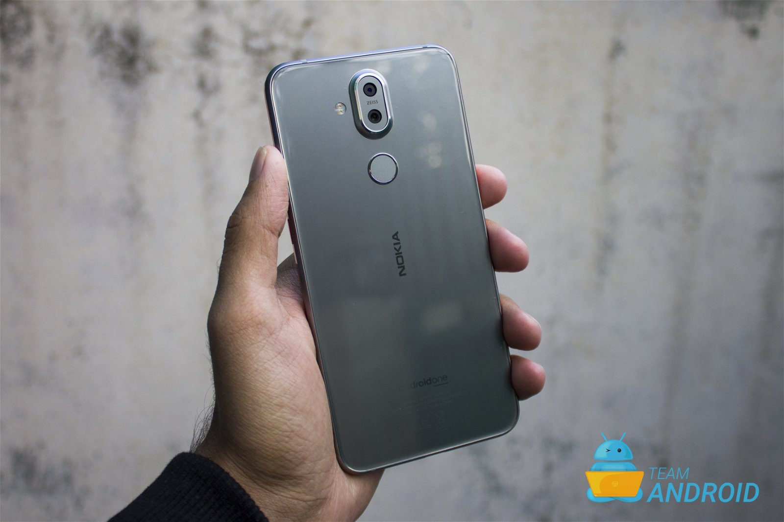 Nokia 8.1 Review - Premium Android One Phone 61