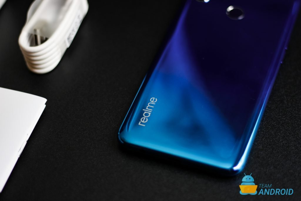 Realme 3: Unboxing and First Impressions 11