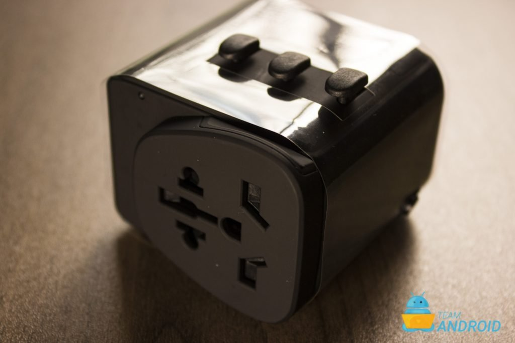 Xcentz 18W PD Universal Power Adapter Review 33