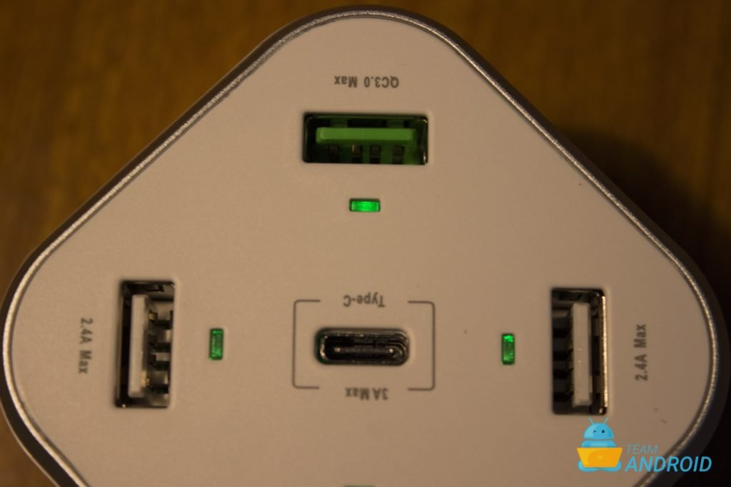 Xcentz 48W 5-Port USB Wall Charger Review 11