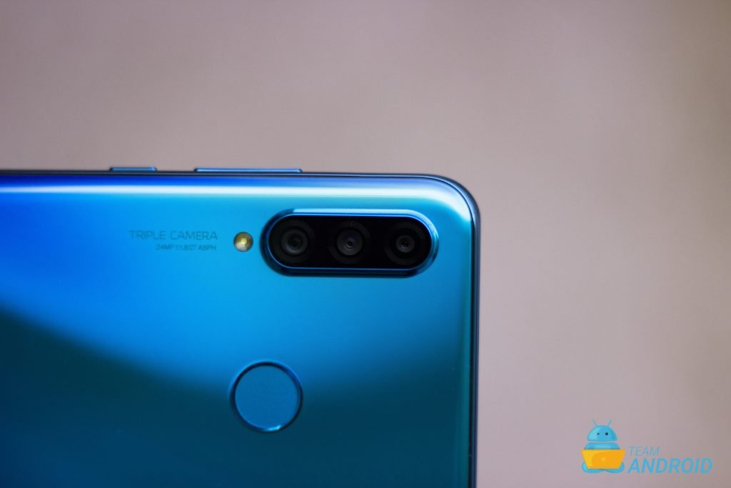 Huawei P30 Lite Review - Mid-Range Flagship Android Phone 41