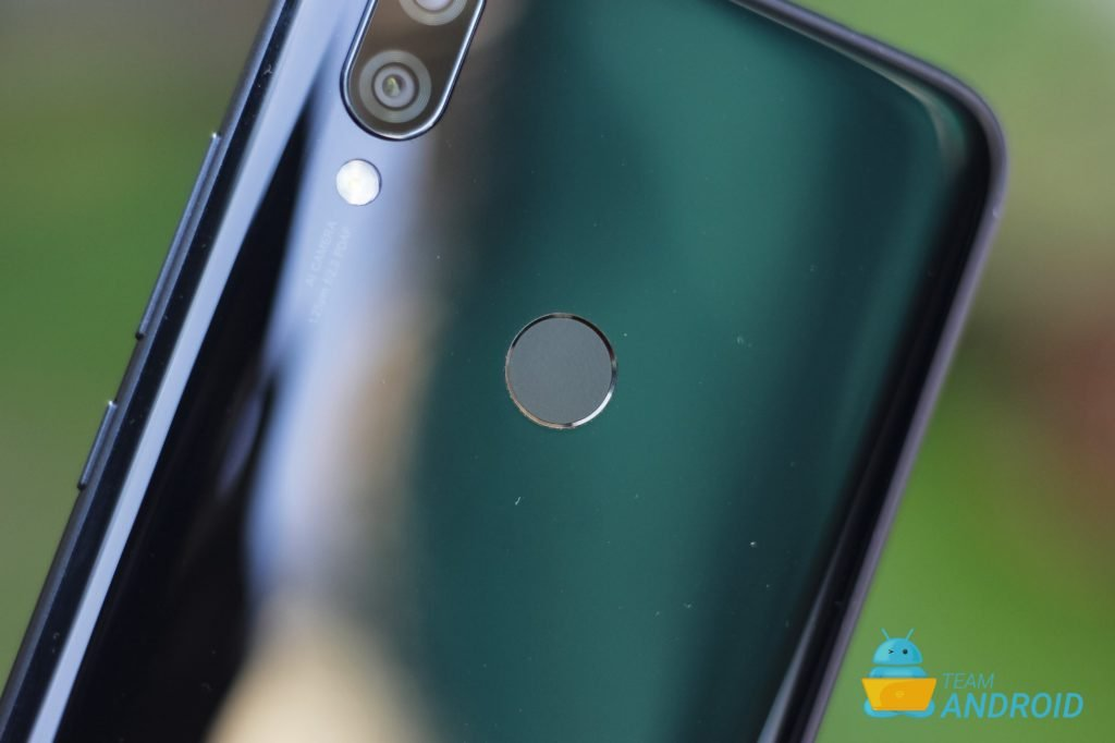 Xiaomi Redmi 7 Review - MIUI 10 Experience on a Budget 44