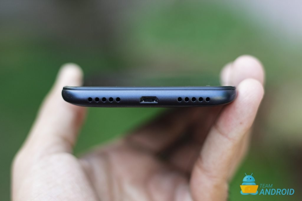 Xiaomi Redmi 7 Review - MIUI 10 Experience on a Budget 14