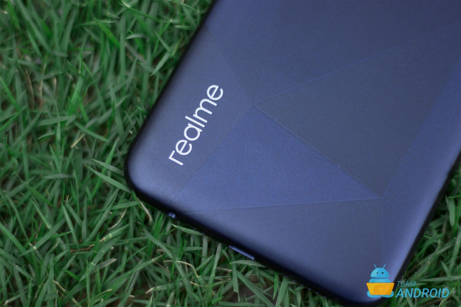 Download Realme C2 Official Wallpapers 3