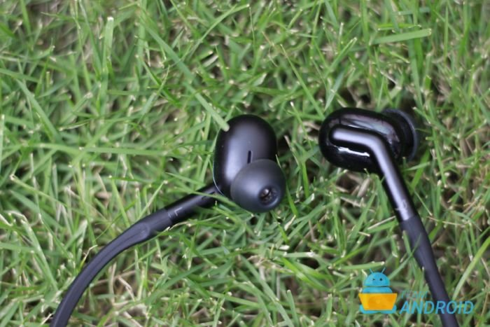 Libratone Track+ Review: Active Noise Cancellation Wireless Earphones 23