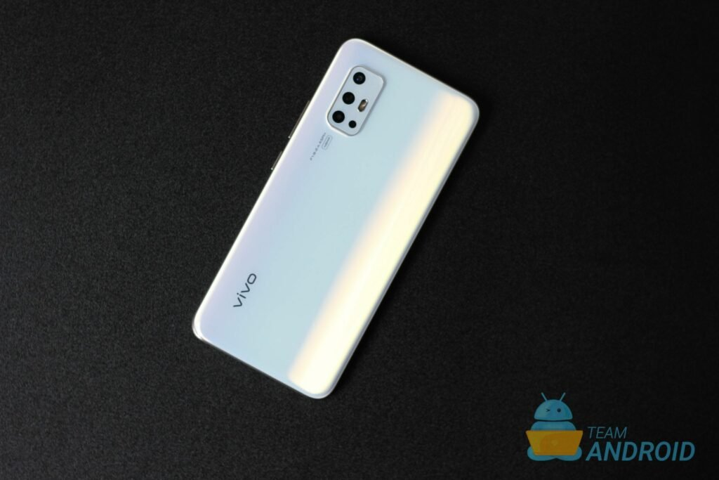 Vivo V17 Review: Excellent Camera, Flagship Hardware 41