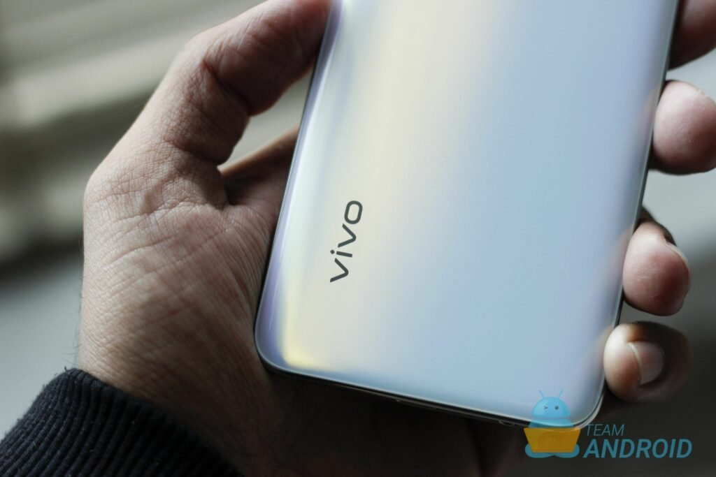 Vivo V17 Review: Excellent Camera, Flagship Hardware 26